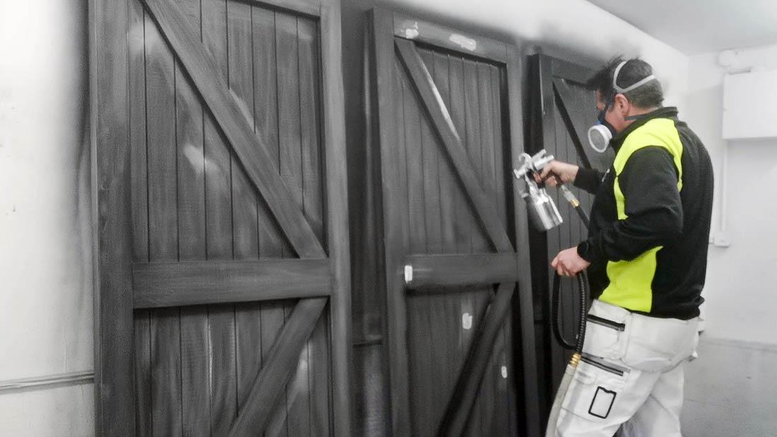 Spraying ledge & brace doors